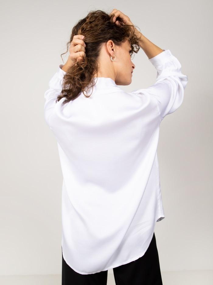 Woman Agate ribbon blouse Crudo