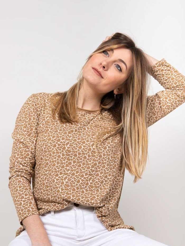 Camiseta estampada animal print mujer Camel