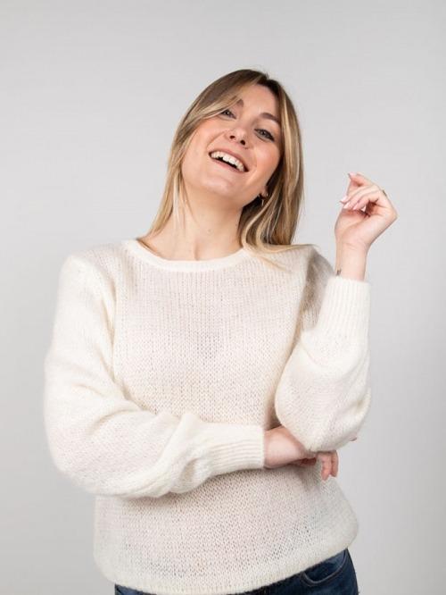 Wool sweater White