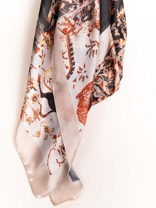 Maxi pañuelo estampado flores Beige