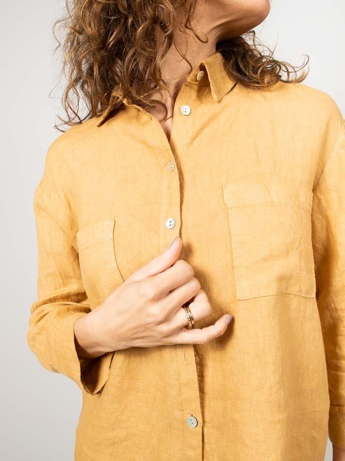 Woman Linen shirt with pockets Honey