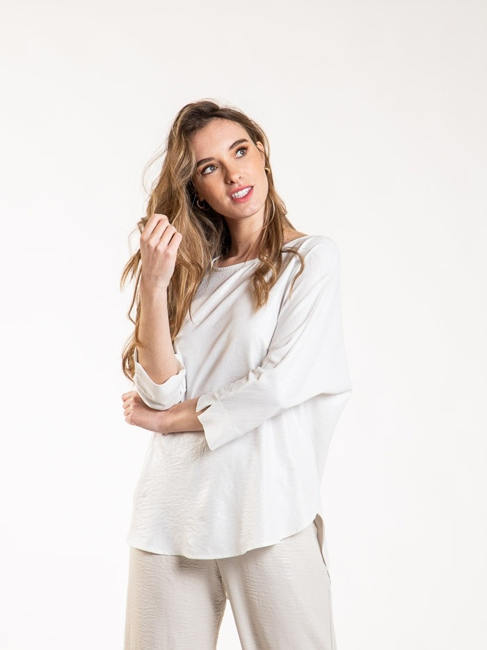 Essence fluid blouse White