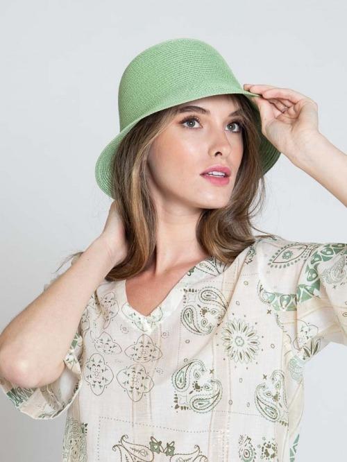 100% paper hat Green