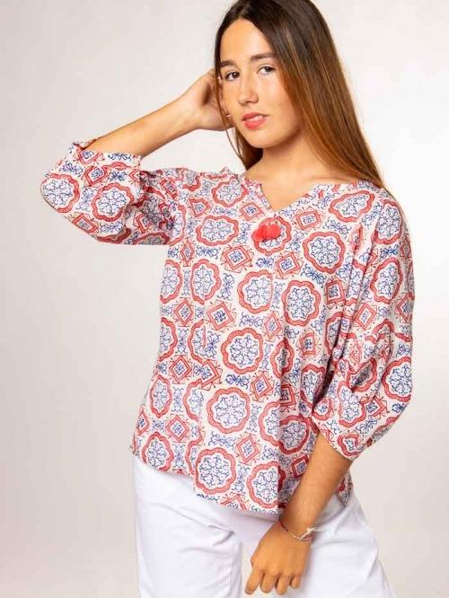 Blusa algodón estampada detalle mujer Coral