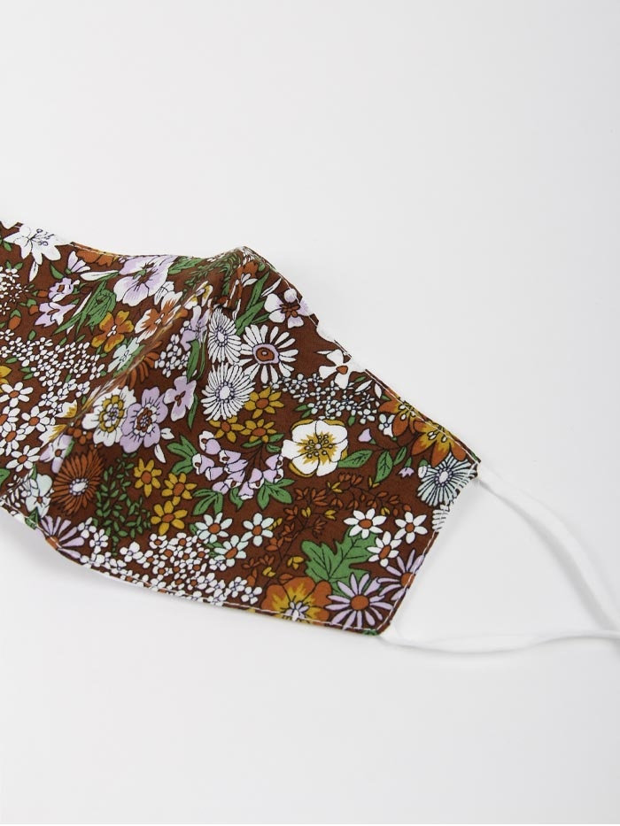 Mascarilla mujer floral Marrón