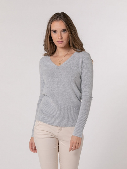 Soft cashmere like V-neck sweater Grey