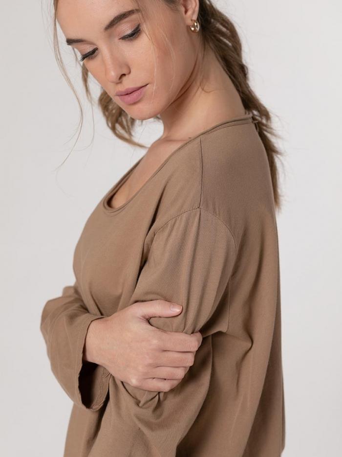 Camiseta mujer cuello redondo oversize algodón Camel
