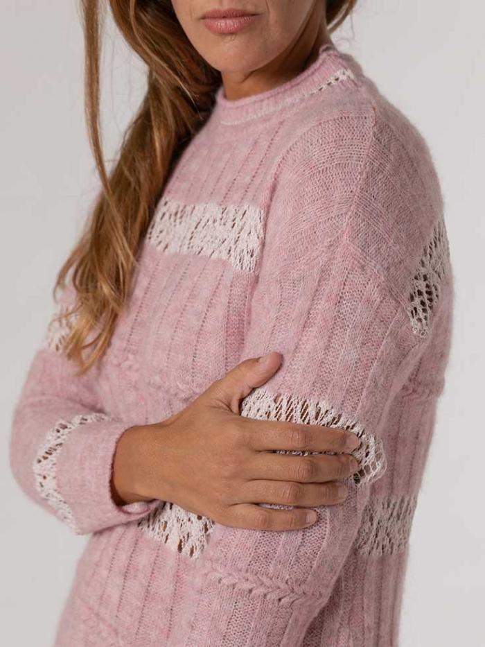 Woman Round neck cotton wool sweater Pink