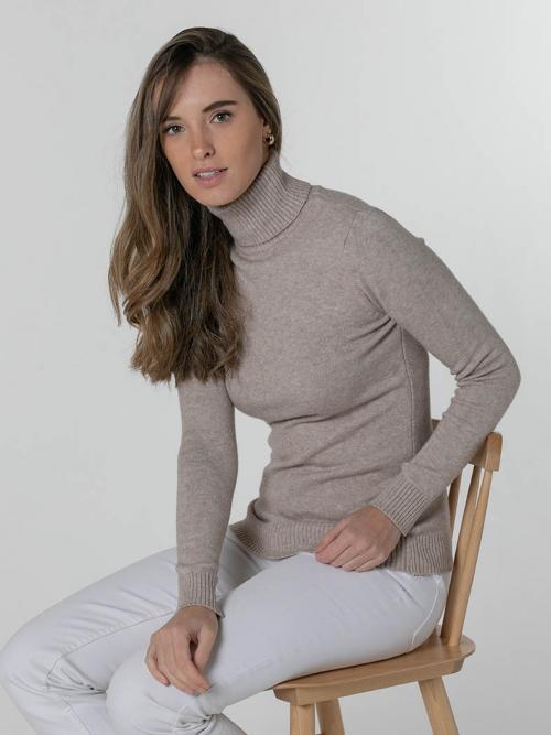 Soft thick turtleneck sweater Beige
