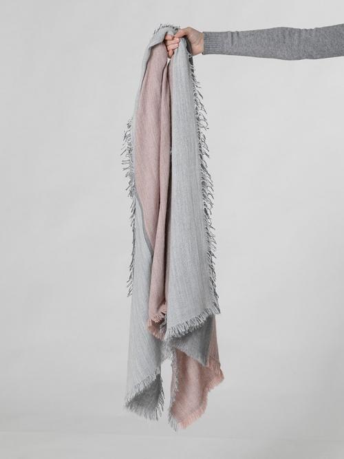 Bufanda lana con flecos Rosa