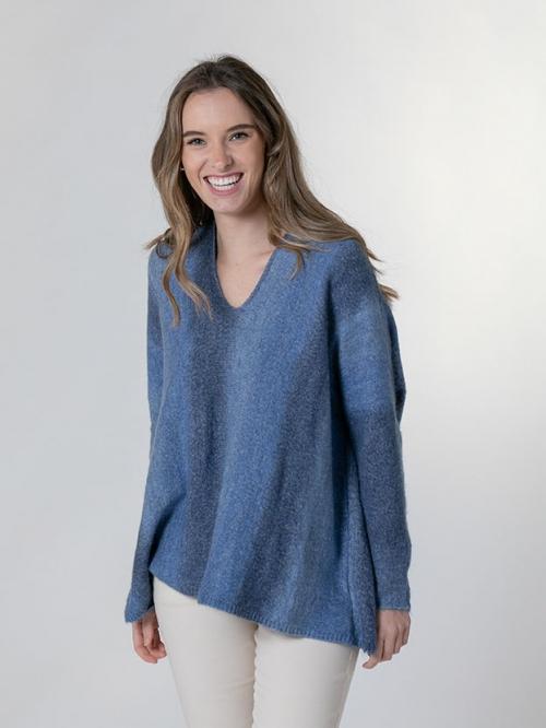 Gradient V-neck knit sweater Blue