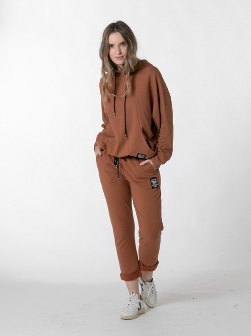 Organic sandalwood sports trousers Camel