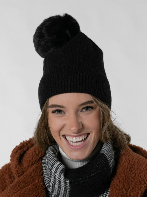 Pompon knit hat Black