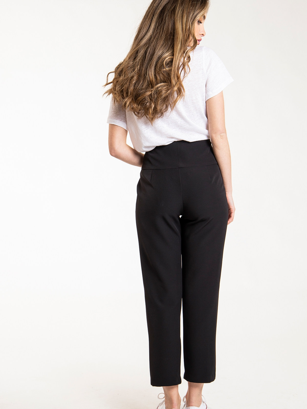 Woman Woman high rise button pants Black