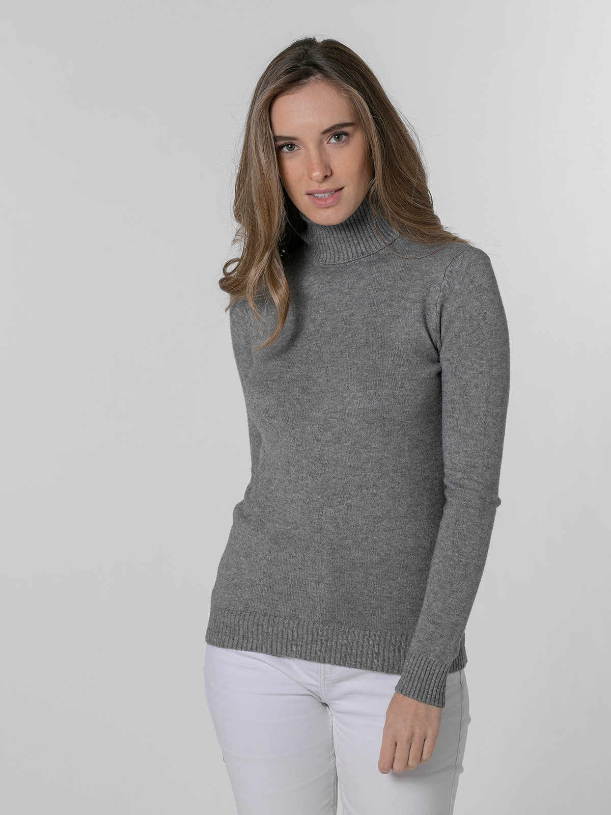 Woman Soft thick turtleneck sweater Grey