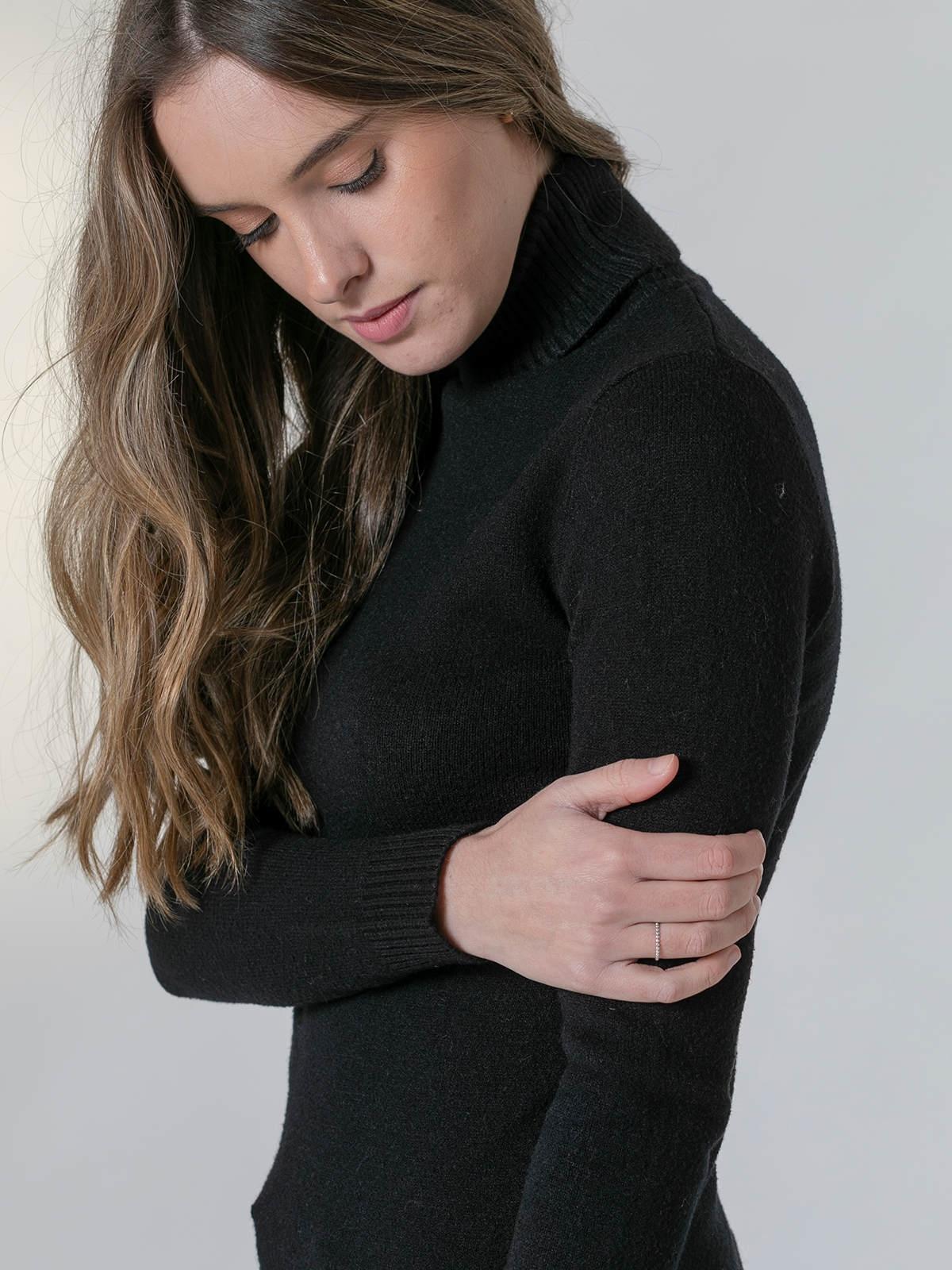 Jersey mujer cuello vuelto grueso suave Negro