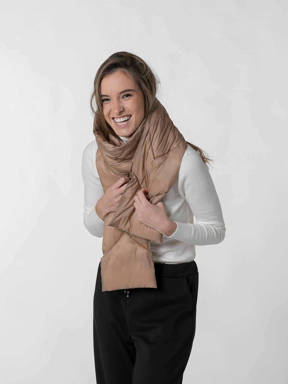 Woman padded collar Beige