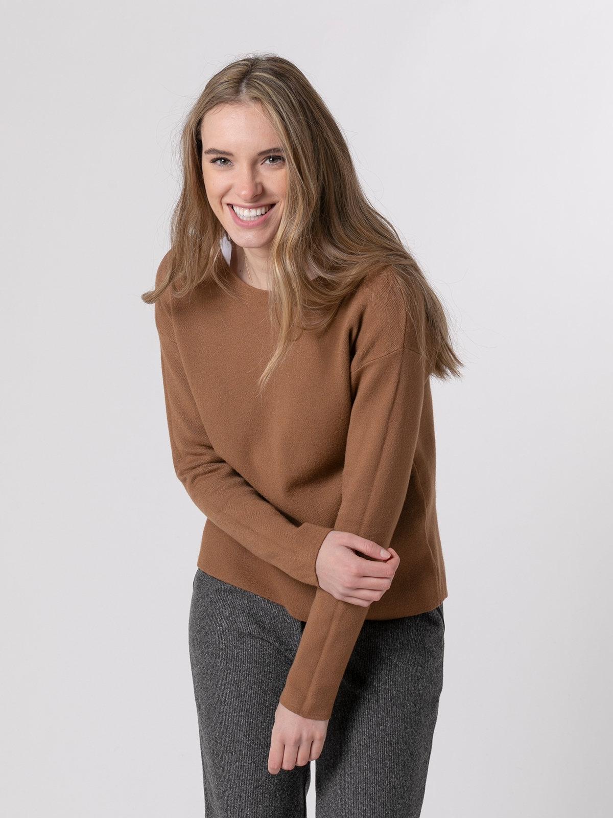 Jersey punto mujer cuello redondo soft Camel
