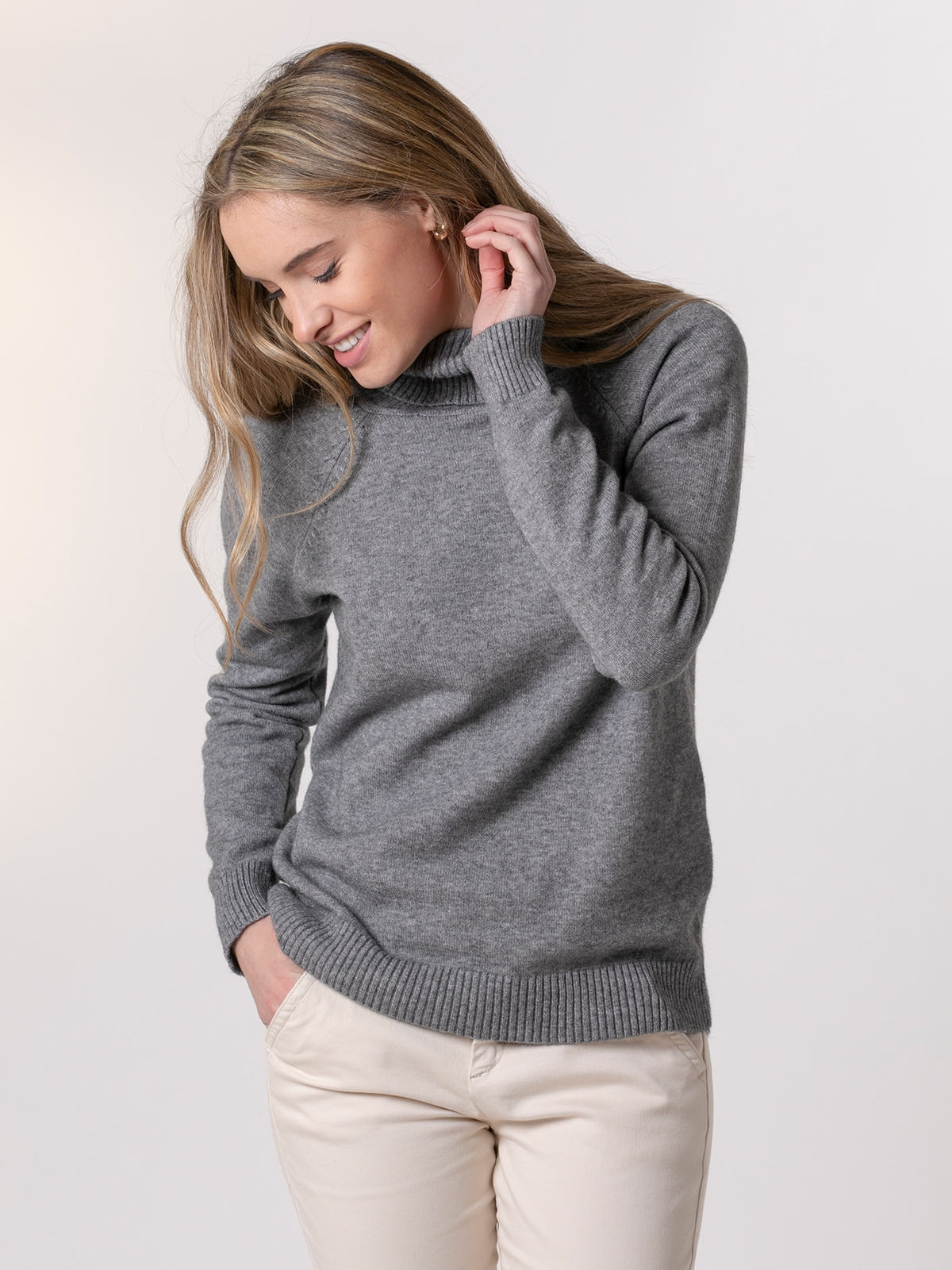 Woman Wide high neck winter knit sweater Grey Dark