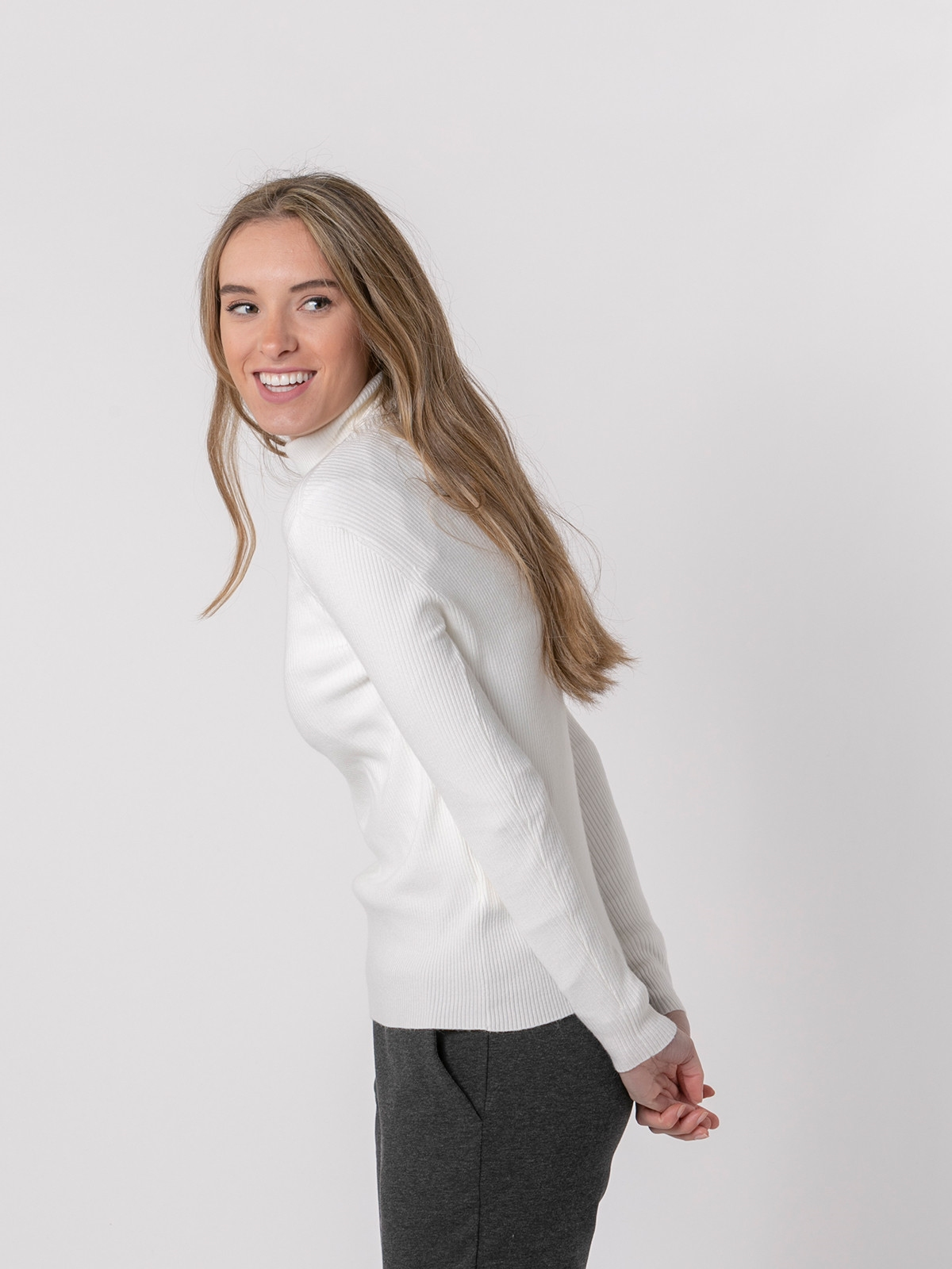 Woman Ribbed turtleneck sweater Crudo