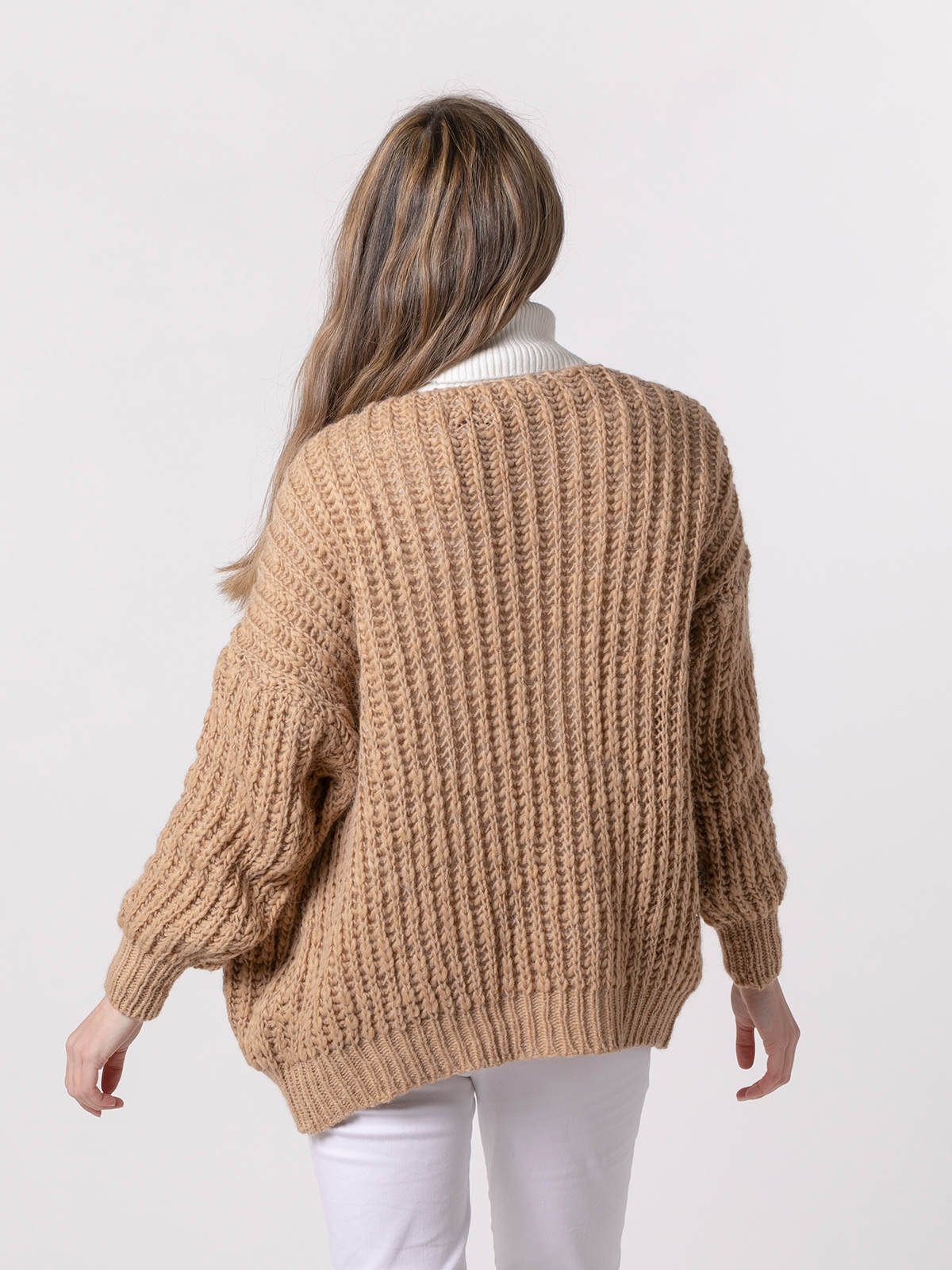 Woman Special knit jacket Camel