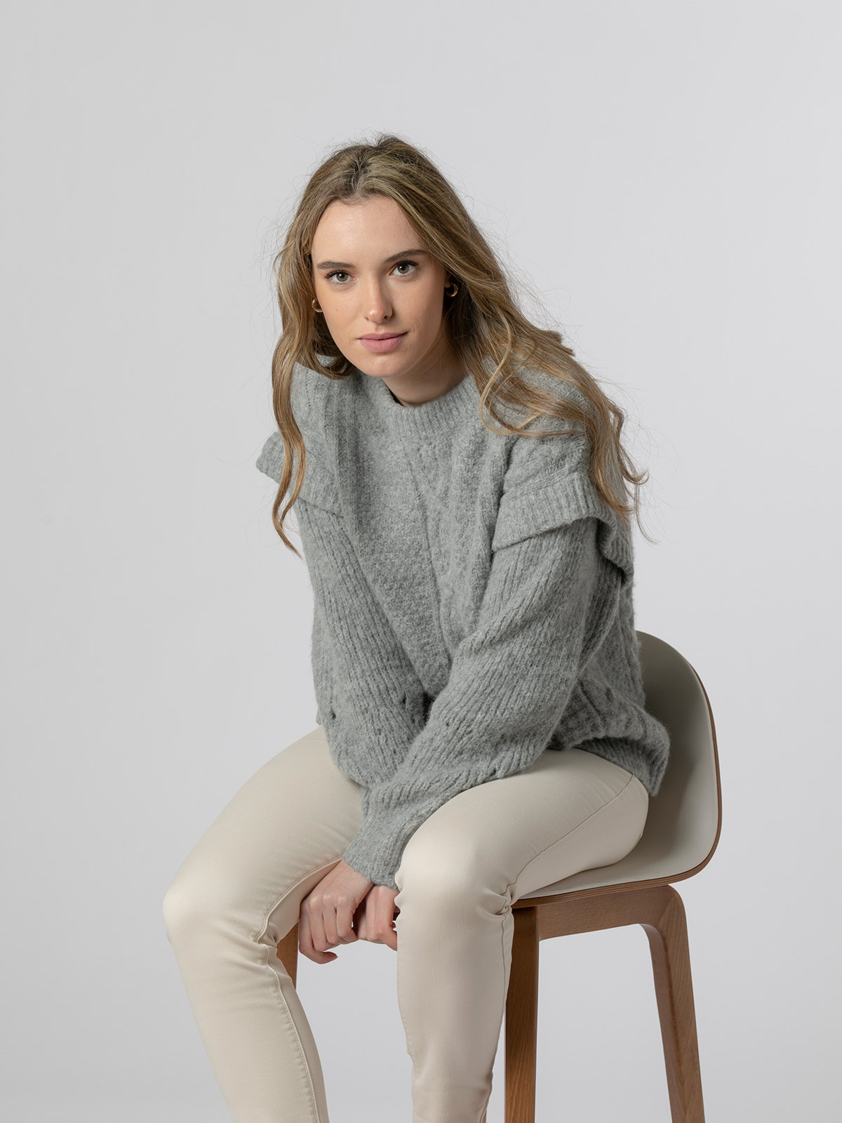 Woman Special sleeve knit sweater Grey