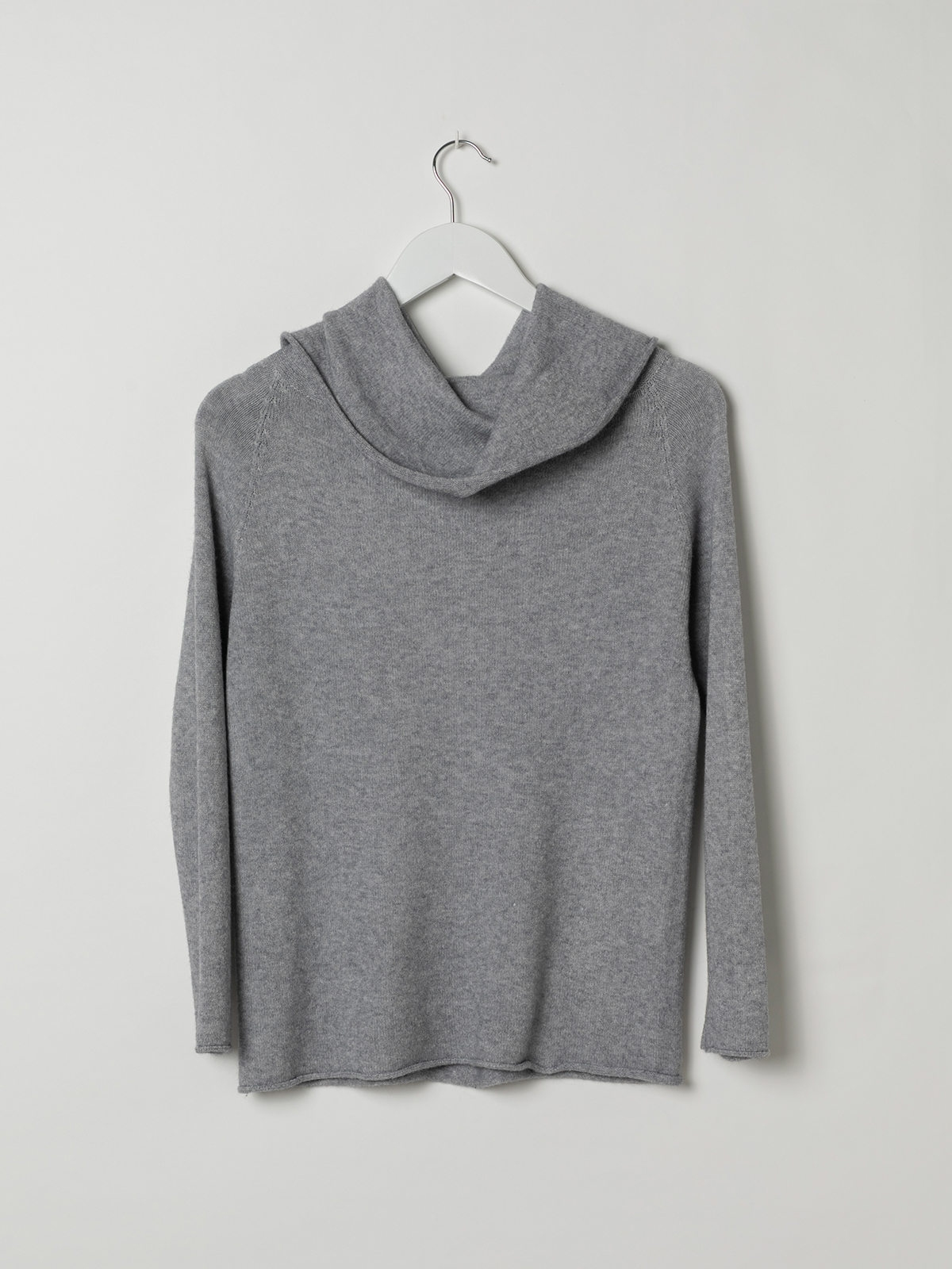 Woman Drop neck knit sweater Grey