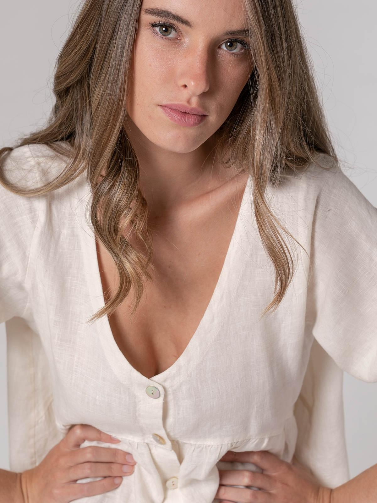 Woman Woman V-neck linen shirt White