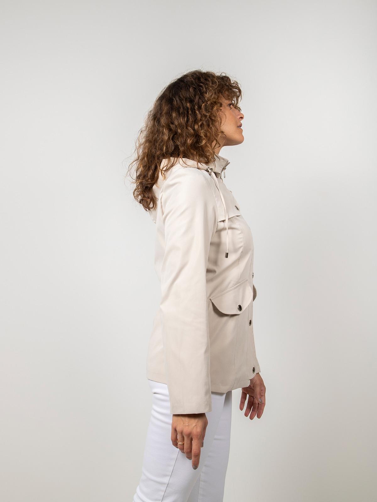 Parka mujer corta con capucha Beige