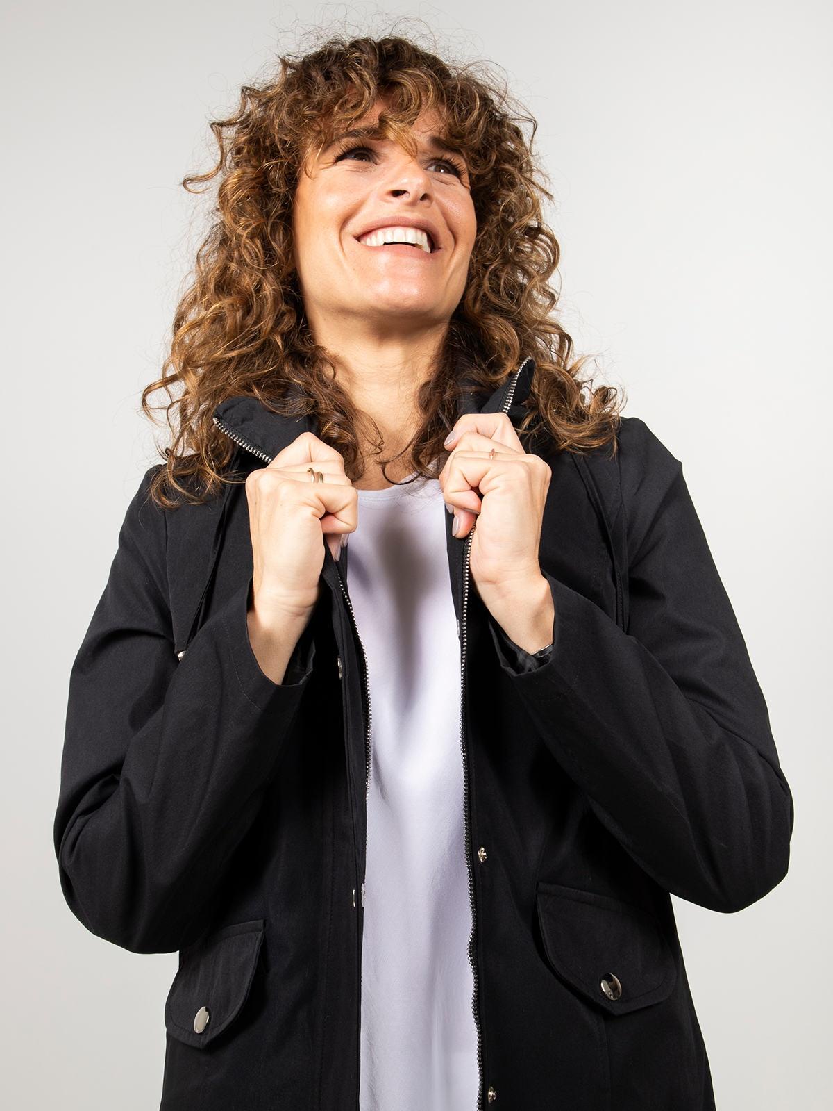 Woman Woman Short hooded parka Black