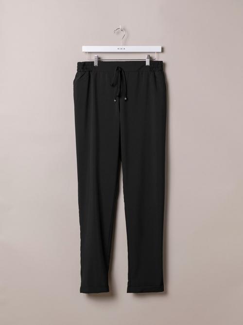 Woman Plain comfort trousers Black