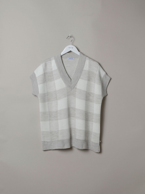 Woman Oversize checked waistcoat Beige