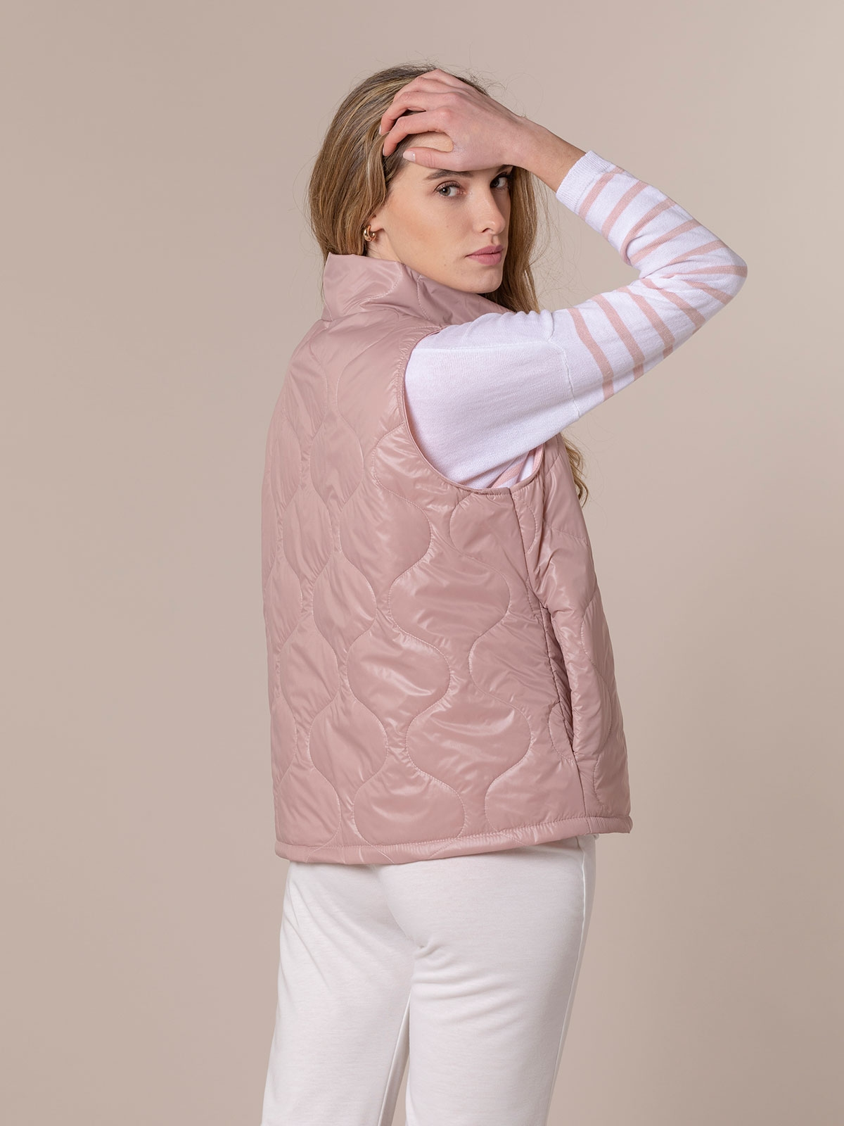 Woman Short padded vest Pink