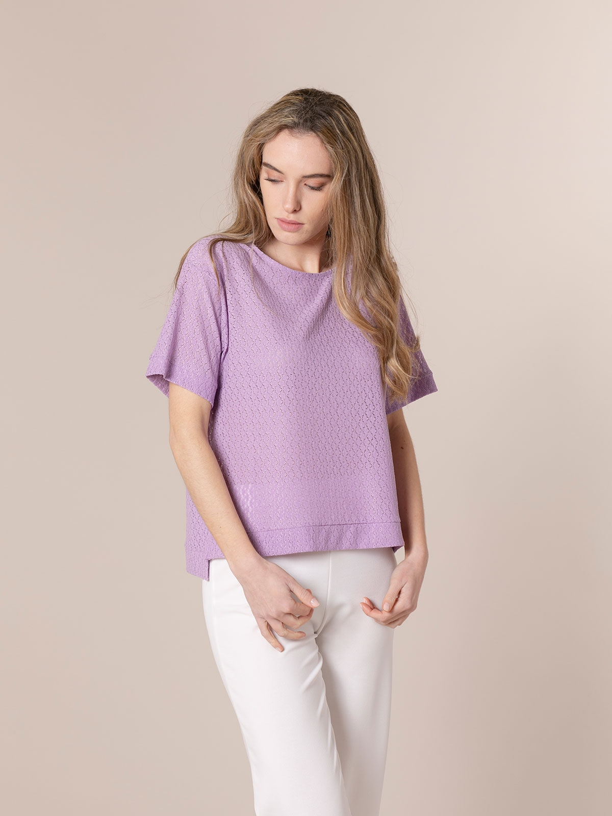 Woman Elastic macramé t-shirt Mallow