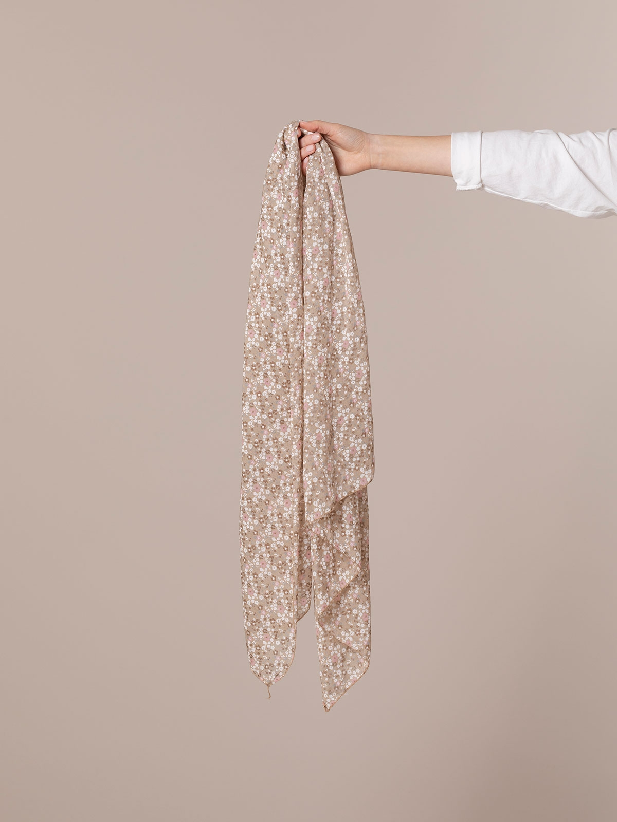 Woman Little flower cotton scarf Beige