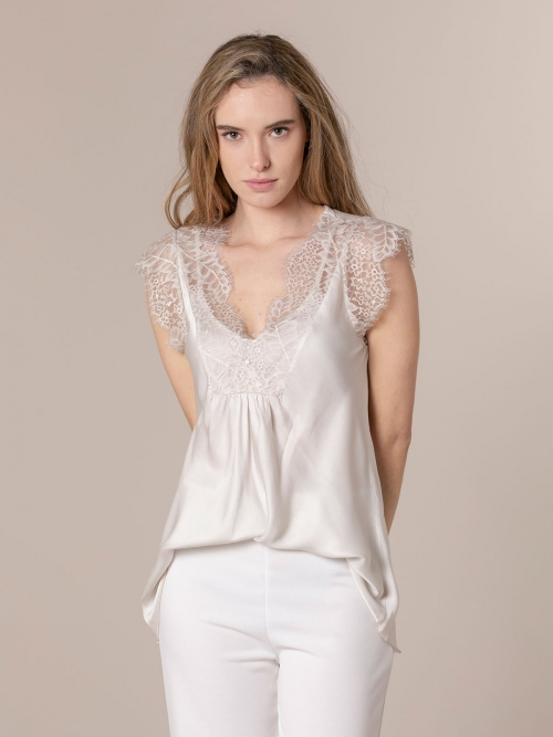Woman Lingerie top with crochet Beige