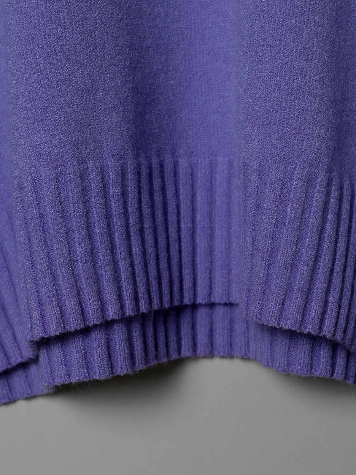 Woman Oversized soft knit sweater Lila