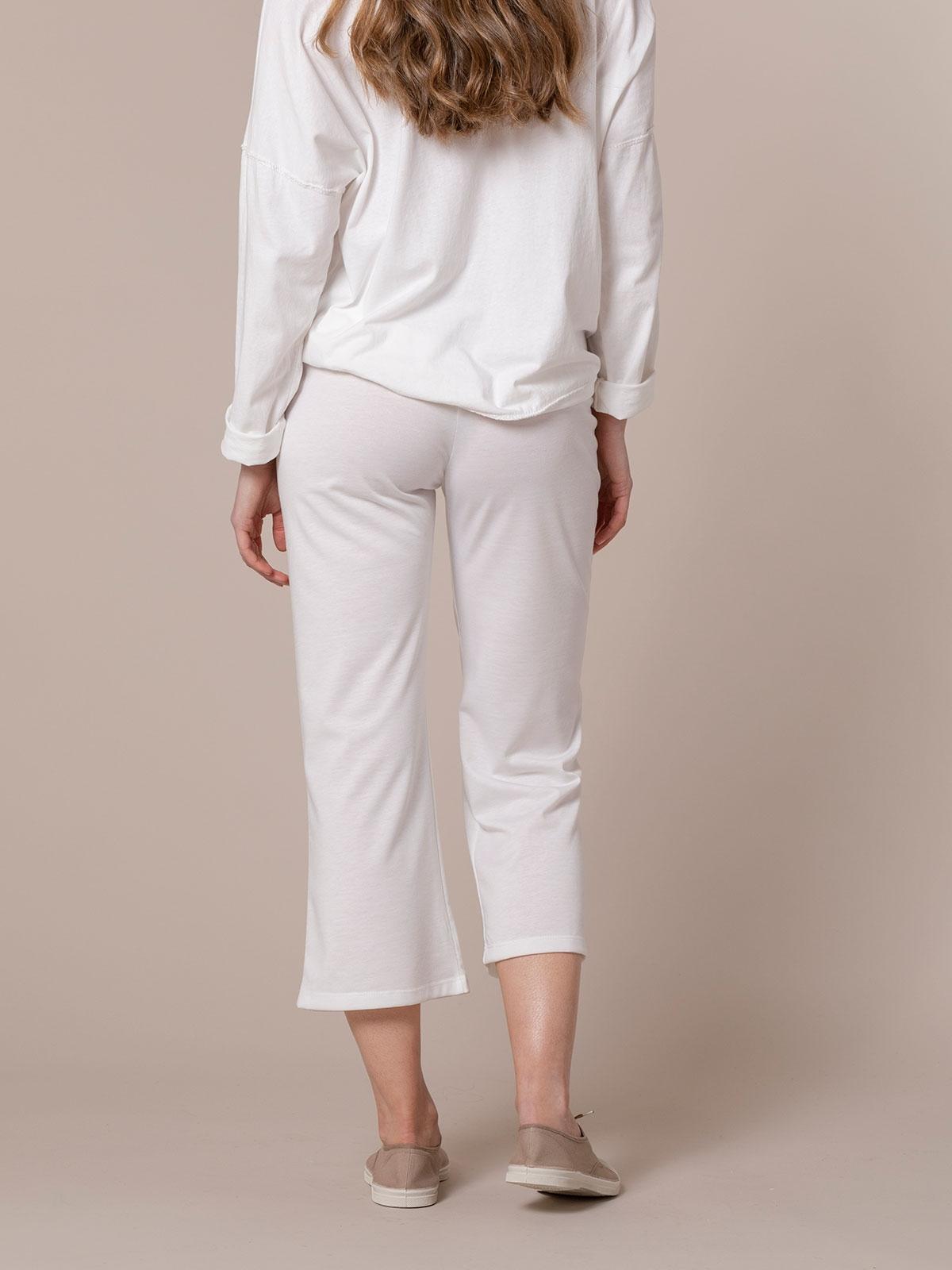Pantalón mujer recortado ligeramente acampanado Blanco