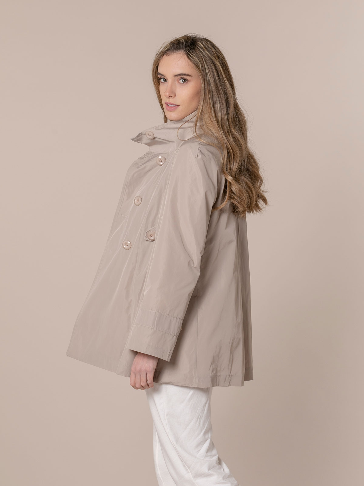 Woman Special waterproof parka Beige