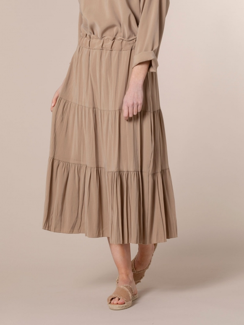 Woman Midi cuts skirt Camel