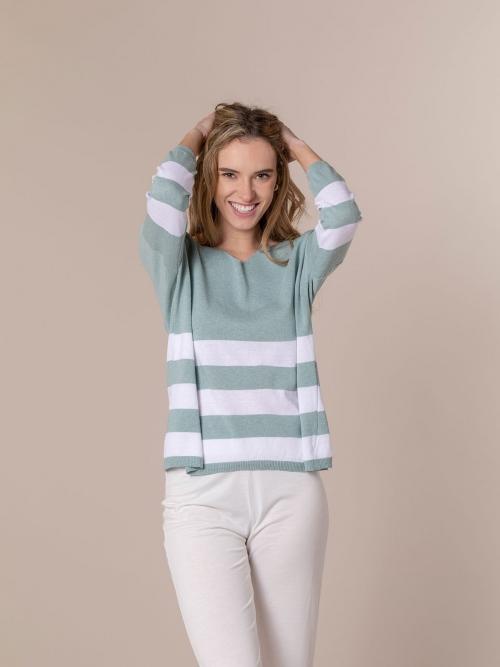 Woman Lightweight knit jumper with wide stripe Green