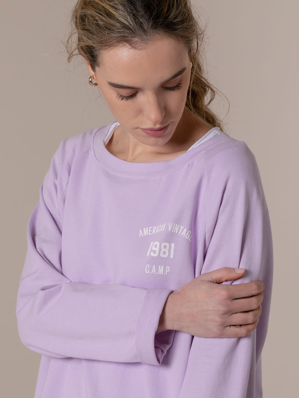 Woman 1981 vintage plain sweatshirt Lila