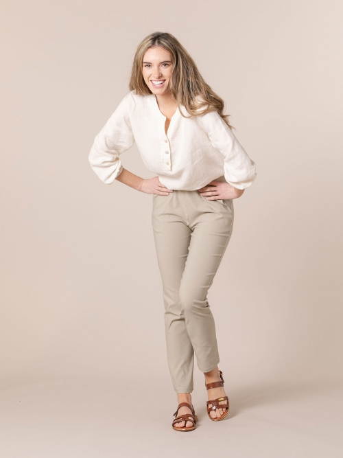Woman Stretch comfort pants with pockets Beige