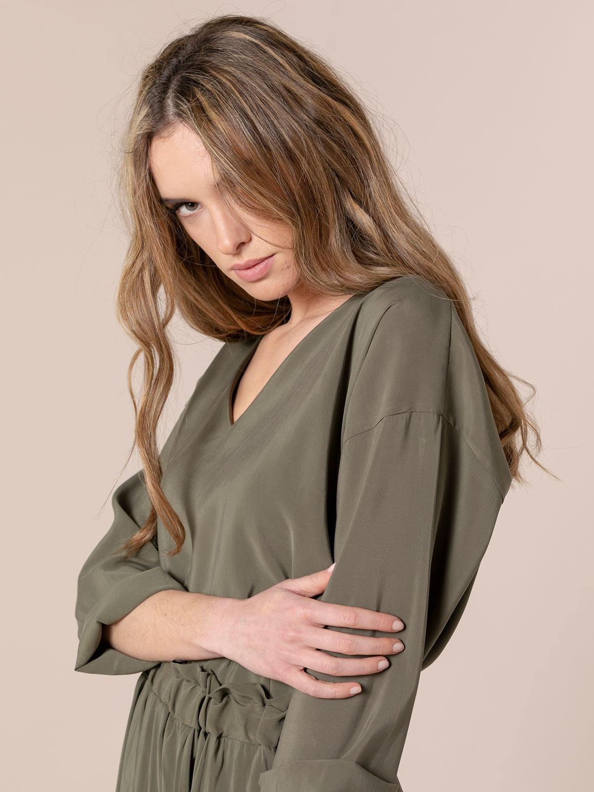 Woman Basic flowy blouse Khaki