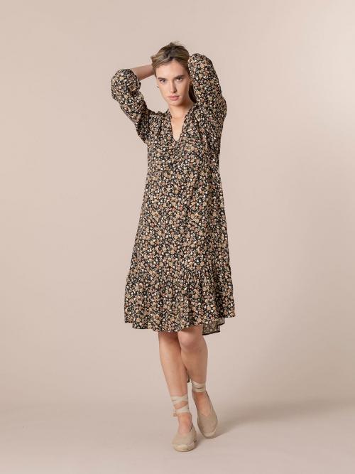 Woman Flowy printed midi dress Black