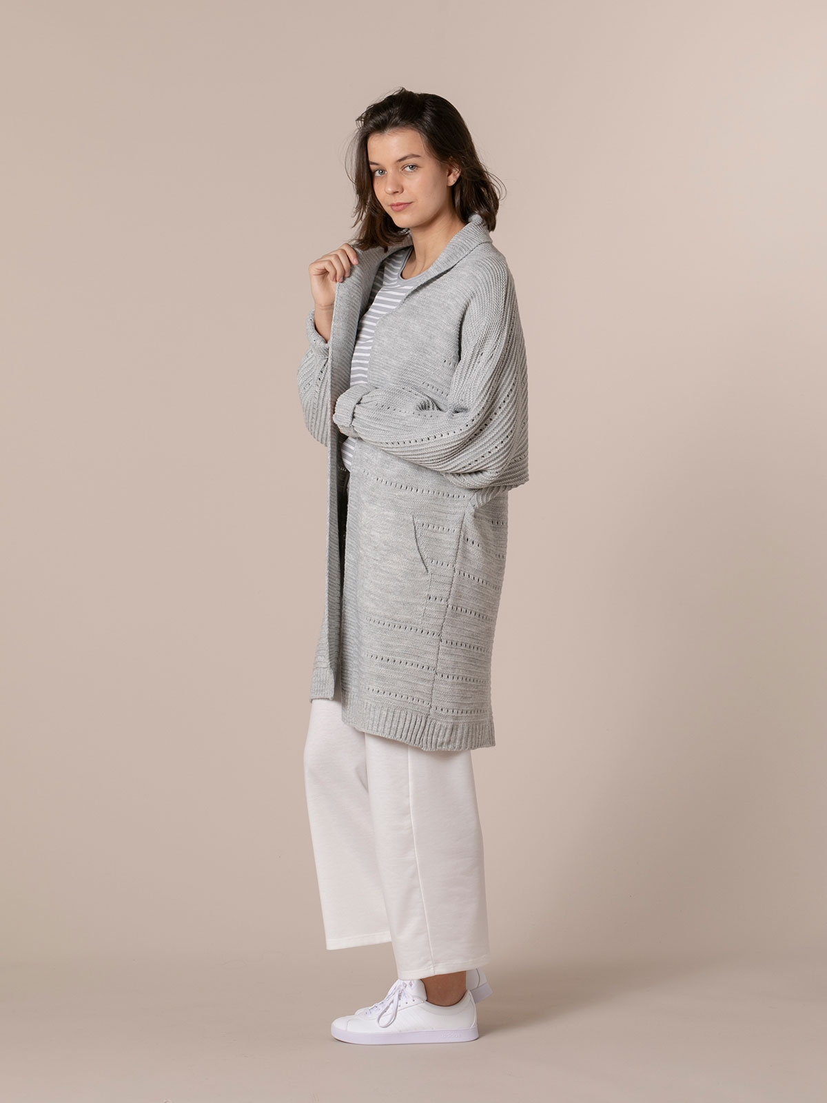 Woman Woman long cardigan with pockets Grey