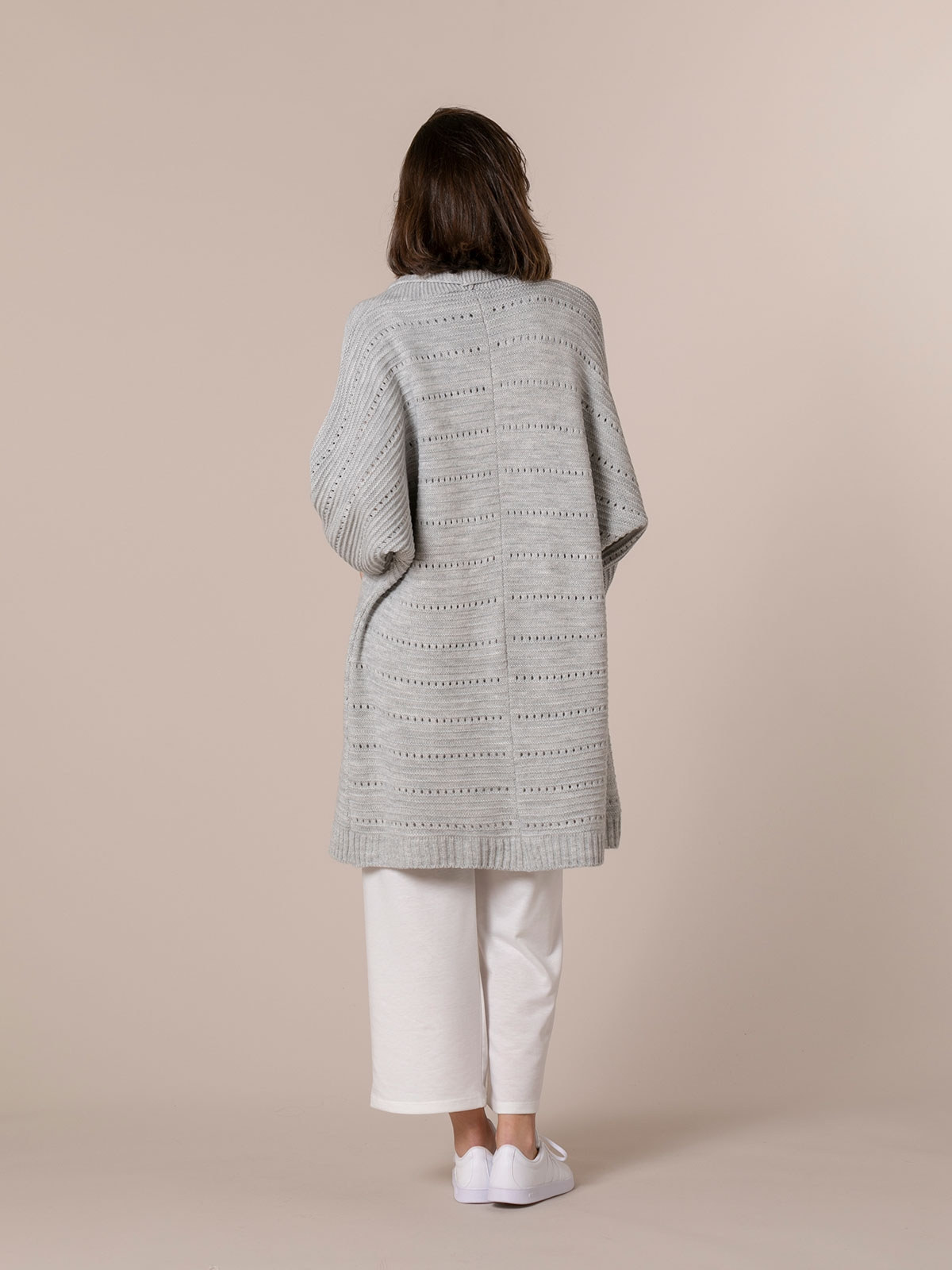 Woman Long cardigan with pockets Grey