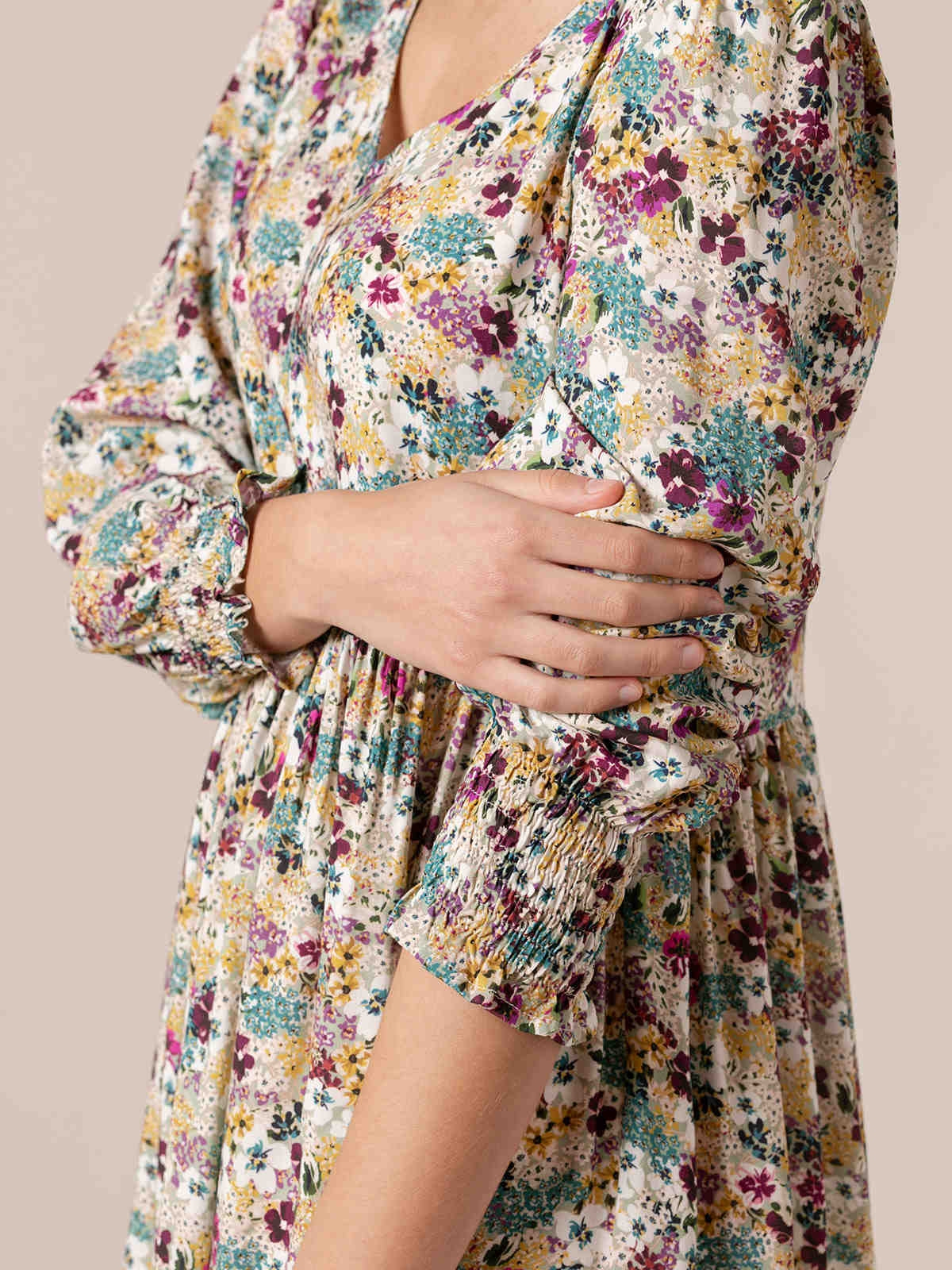 Woman Flowy floral print dress Green