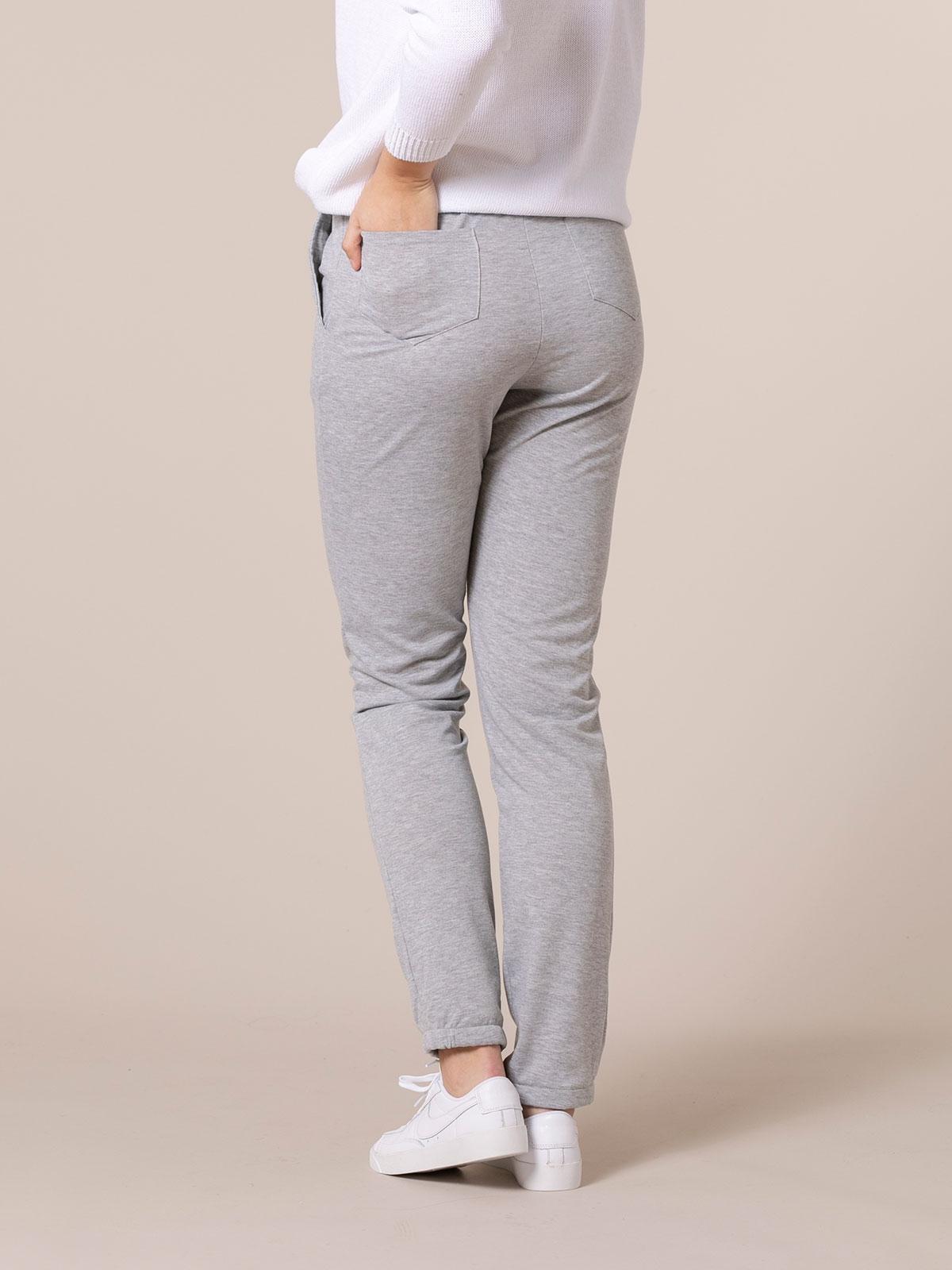 Pantalón mujer jogger detalle en bajo Gris