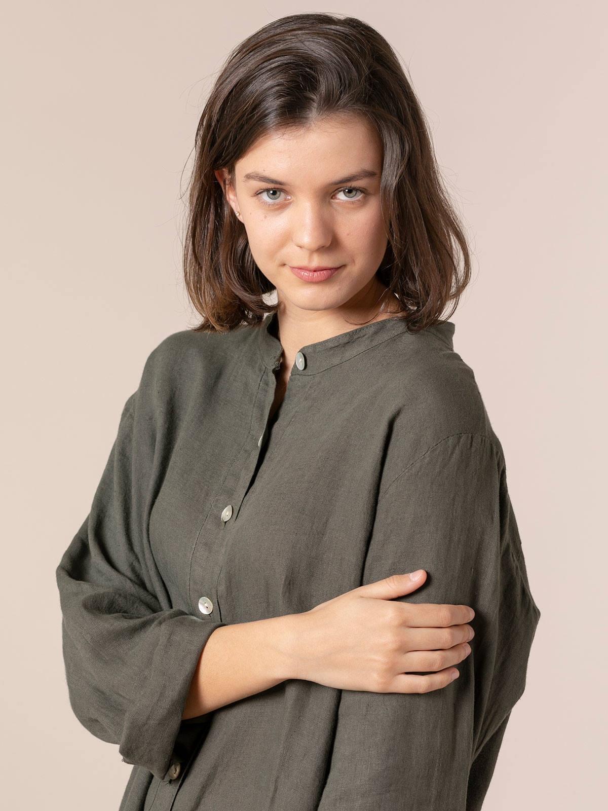 Woman Woman Linen shirt with mandarin collar Khaki